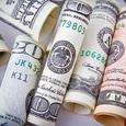 Доллар и евро подешевели на Московской бирже до рекорда 2018 года