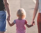Чиновники не афишируют льготы для семей с детьми, и о них мало кто знает