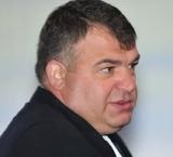 12 мая Госдума рассмотрит вопрос о возбуждении расследования в отношении Сердюкова