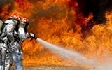 В Санкт-Петербурге загорелся строящийся ледокол «Виктор Черномырдин»