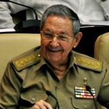 Путин и Медведев поздравили кубинского лидера с 85-летием