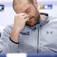 Непобежденный Фьюри добровольно отказался от чемпионских титулов