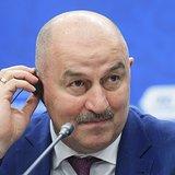 Главтренер сборной РФ Черчесов высказался о жесте Дзюбы и Кокорина