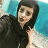 Не переборщить: зомби-Джоли выпустили-таки на свободу, а София Ротару порадовала своим видом