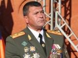 Начальник полиции Армении прибыл на митинг в Ереване