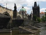 """Чехия высылает 18 российских разведчиков и объявляет в розыск двух известных """"туристов"""""""