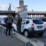 В Киеве пригнали БТР к мосту, который угрожает взорвать неизвестный