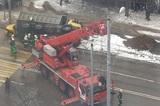 В Москве арестовали водителя опрокинувшегося на такси грузовика