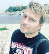 Николай Басков сообщил о смерти отца и опубликовал его любимую песню