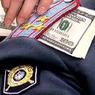 Суд арестовал следователя, покушавшегося на взятку в 1 млн долларов