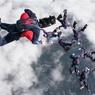 Американец установил мировой рекорд, спрыгнув с высоты 7,6 тыс метров без парашюта