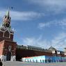 Парад Победы пошел по Красной площади