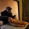 Смольный гарантирует петербуржцам в случае войны суточную норму хлеба