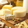 Восьми швейцарским компаниям разрешили ввозить в Россию сыр и мясо