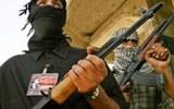 Почти полторы сотни человек погибли при атаке боевиков на военную базу в Афганистане
