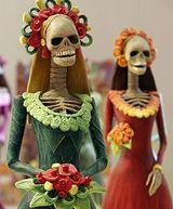 Мексика с весельем отмечает День мертвых