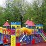 В Ярославле продавцы ночной смены обнаружили на детской площадке труп мужчины