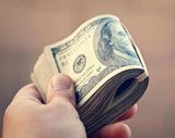 Валюту на сумму до 40 тысяч рублей можно обменять без идентификации личности