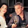 Клуни и Аламуддин прибыли в Венецию на свадебную церемонию
