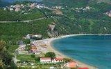 Проживание в отелях Черногории подешевело почти вдвое