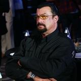 Экс-чемпион мира по боксу Джордж Форман вызвал на поединок россиянина Стивена Сигала