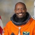 Астронавт NASA рассказал об увиденном им в космосе «инопланетянине»