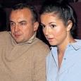Папарацци узнали о тайной свадьбе Нюши и бывшей жене, оставшейся с двумя детьми