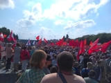Митинг в Петербурге собрал тысячи людей