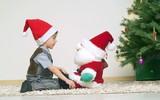 Что просят россияне у Деда Мороза?