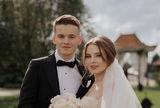 Певица Валерия расплакалась во время речи на свадьбе сына и попала на видео