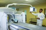 В только что отремонтированном кабинете центра Covid Карелии на томограф обрушился потолок