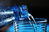 Медики рассказали, сколько нужно пить воды, чтобы защититься от деменции