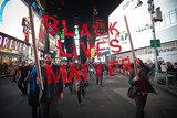 60 тысяч ньюйоркцев вышли на протест против убийц в погонах