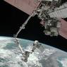 Космонавты попали на сеанс Деда Мороза прямо из космоса (ФОТО)