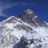 Неопытных альпинистов перестанут пускать на Эверест