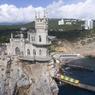 Отдыхать в Крыму в этом году будут богатые, невыездные и патриоты