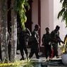 Число задержанных после терактов на Шри-Ланке превысило 100 человек