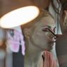 Некоторые женщины проводят в макияже больше половины жизни