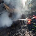 Более 80 человек погибло в результате пожара в столице Бангладеш