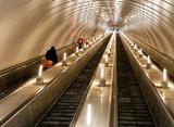 Питерский полицейский в свой выходной спас пассажиров метро