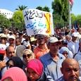 Мигранты бегут из неблагоприятного Туниса, несмотря на риск смерти