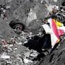 СМИ: Командир A320 пытался остановить безумного пилота