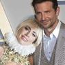Уже не слухи: Леди Гага с вещами переехала в дом Брэдли Купера