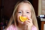 Соблюдение режима сна у малышей позволит быстро развиться их речевым навыкам