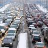 Снегопад устроил пробки на московских дорогах