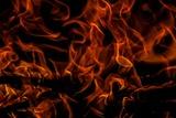 В жилом доме в Магнитогорске после взрыва начался пожар