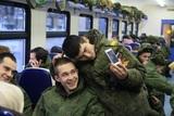 Путин подписал закон о запрете смартфонов во время военной службы