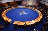 В НАТО решили не размещать ядерные ракеты в Европе