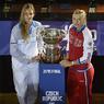 Финал Кубка Федерации: Шарапова сравнивает счет