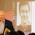 Олег Табаков подписал контракт с МХТ еще на пять лет